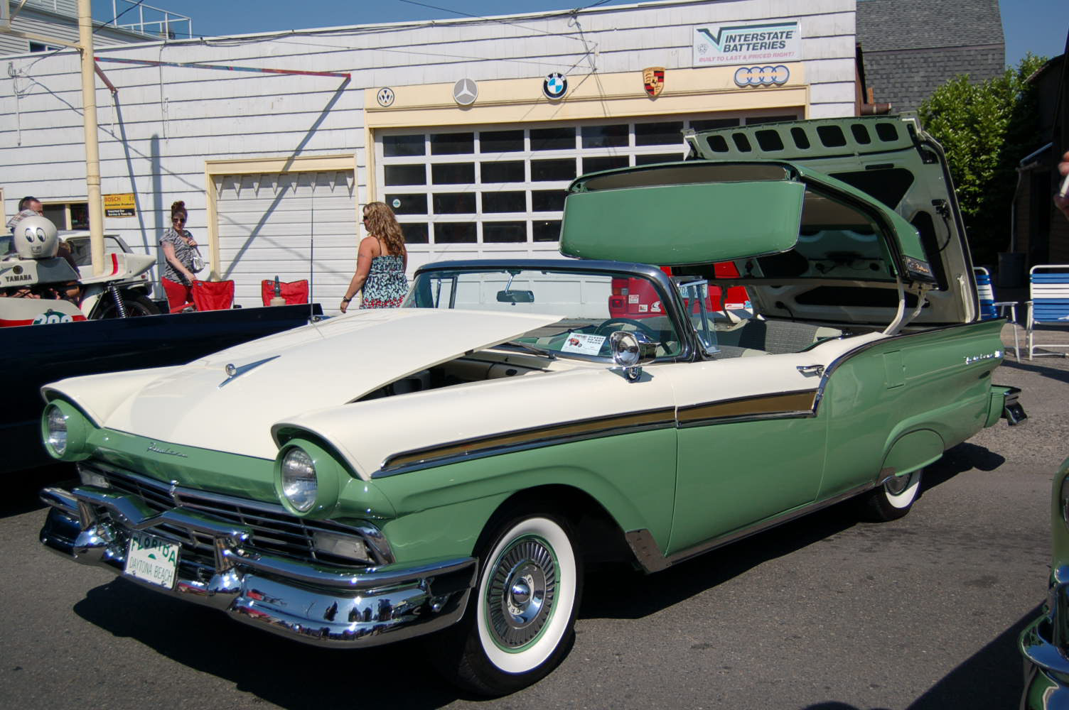 1957 ford fairlane painted original colonial white m0524 and cumberland green m0755